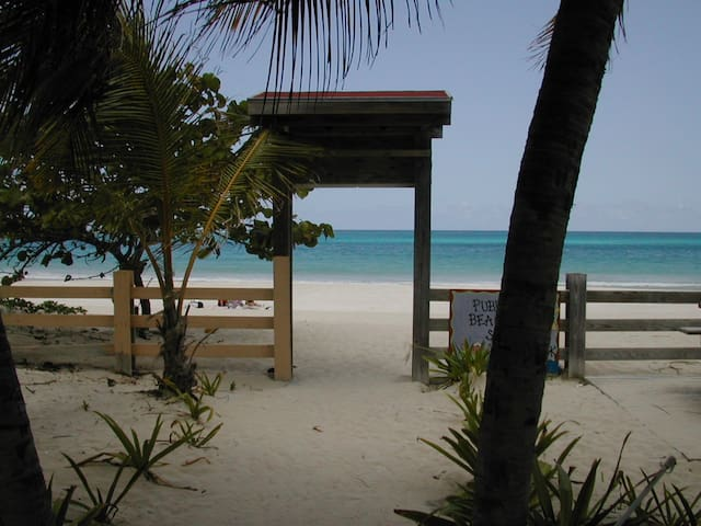 Culebra Beach Villas, Flamenco Beach - Culebra