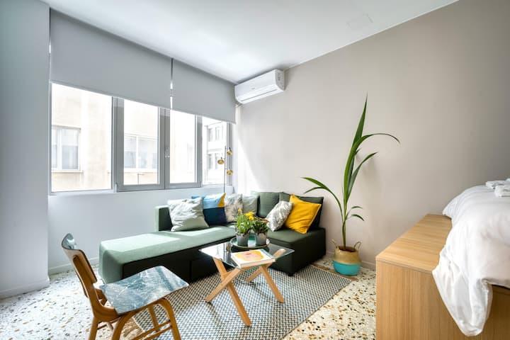 Historic center stylish and cozy micro apartment.