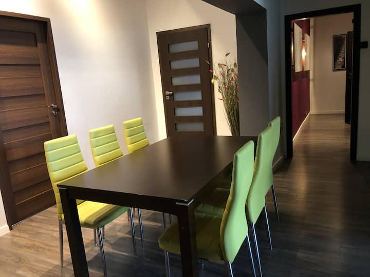 Apartament 150m2 dla 12 osób Jagiellońska