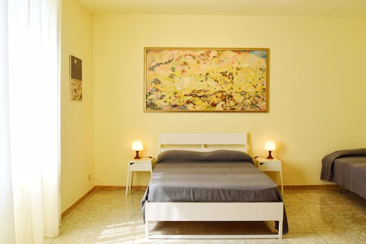 The Painter's House: Bedroom 1