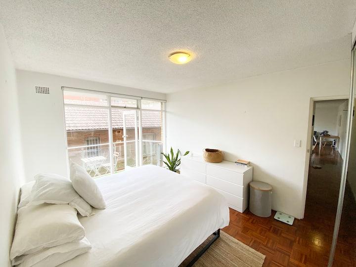 Bright Bondi Beach Apartment