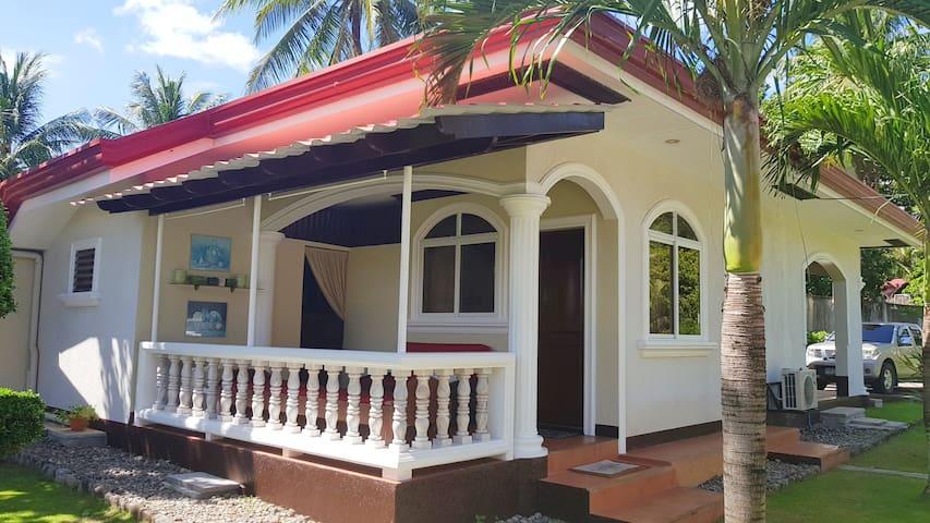 Gina's Beach House 2