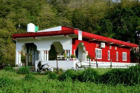 Siddharth Homestay