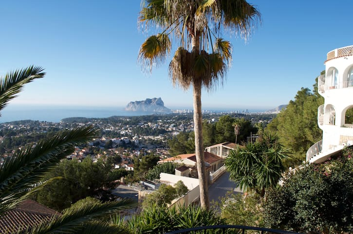 Montemar villa with a stunning view.