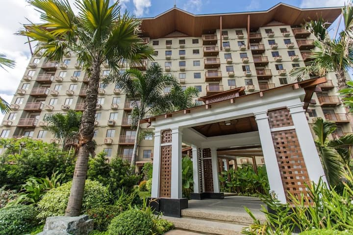 Fully Furnished  Condo in Larossa Capitol Hills