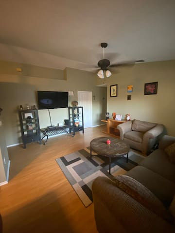 Rm#2 Clean n cozy private room near UCF n Downtown