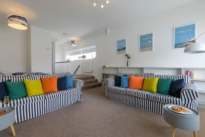 28 Piazza - Two Minutes from Porthmeor Beach and Town Centre - Sleeps 4
