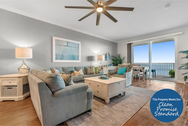 Harbour Pointe 810-Gulf Front with private beach and fishing pier!