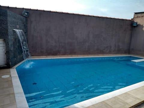 Linda casa de Praia com piscina/ Peruíbe - SP