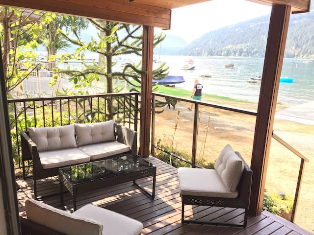 Cultus Lake Waterfront Cabin