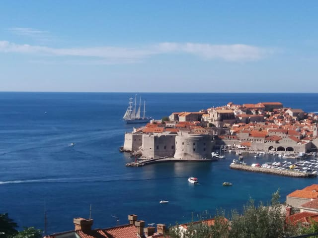 The View, stunning view to Old town - Dubrovnik - Huoneisto