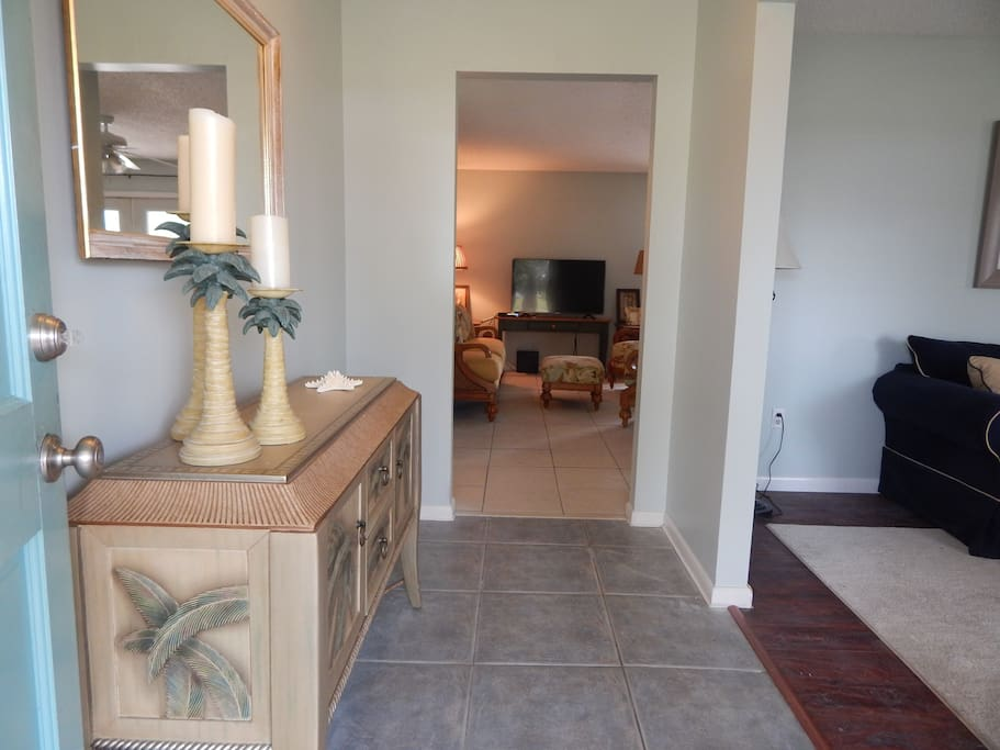 Beautiful foyer that welcomes you into Cobia Cove