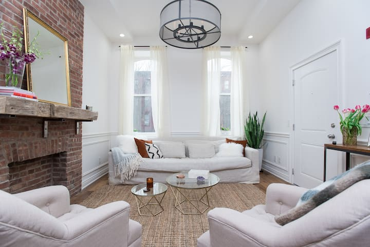 Beautifully Designed Apt in Heart of Jersey City