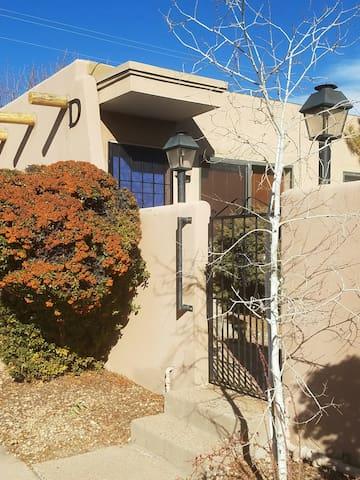 Casita Charm in Town - Santa Fe - Apto. en complejo residencial
