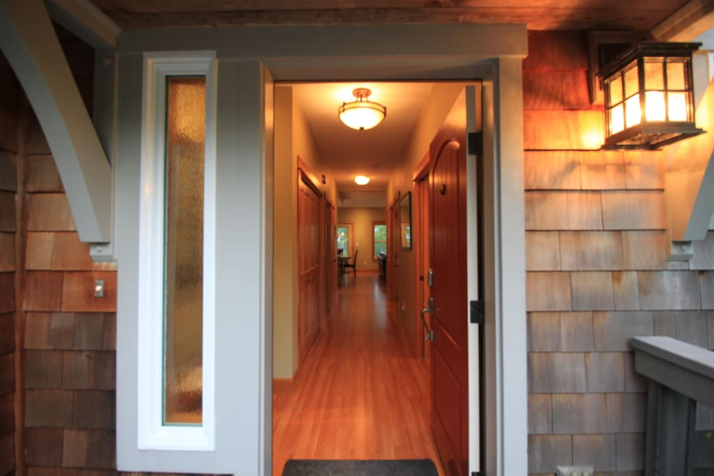 Inviting front entry leads into Sylvan Ray at Manzanita