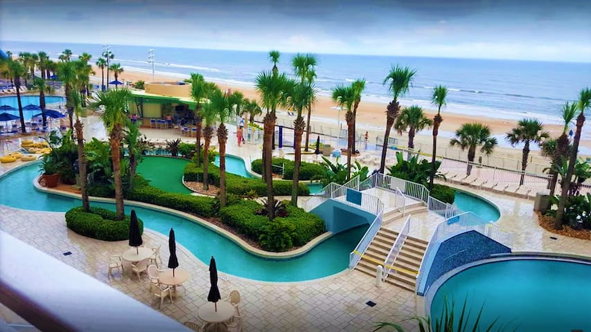 1BD, Daytona Coastal Retreat!!