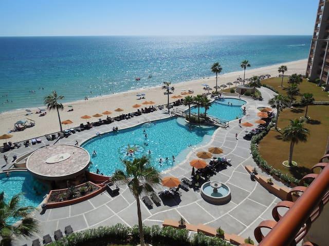 Ocean Views! Steps to the Beach! - Puerto Peñasco - 公寓