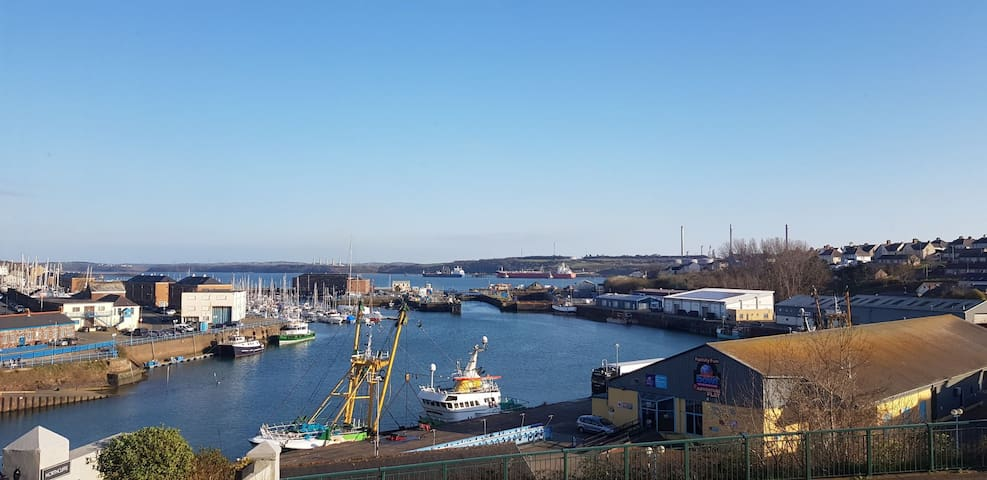 Views of harbour. Excellent location to explore.