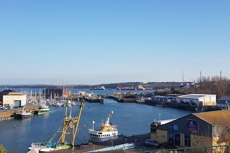 Views of harbour. Excellent location to explore.