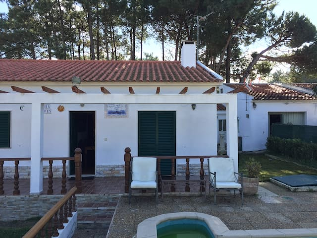 Vacation home near the beach - Sesimbra - Dom