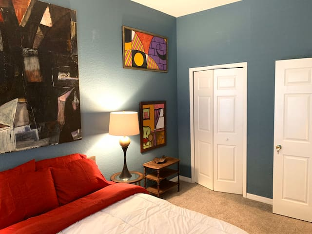 Host Vacation Homes - Monthly Room by Disney