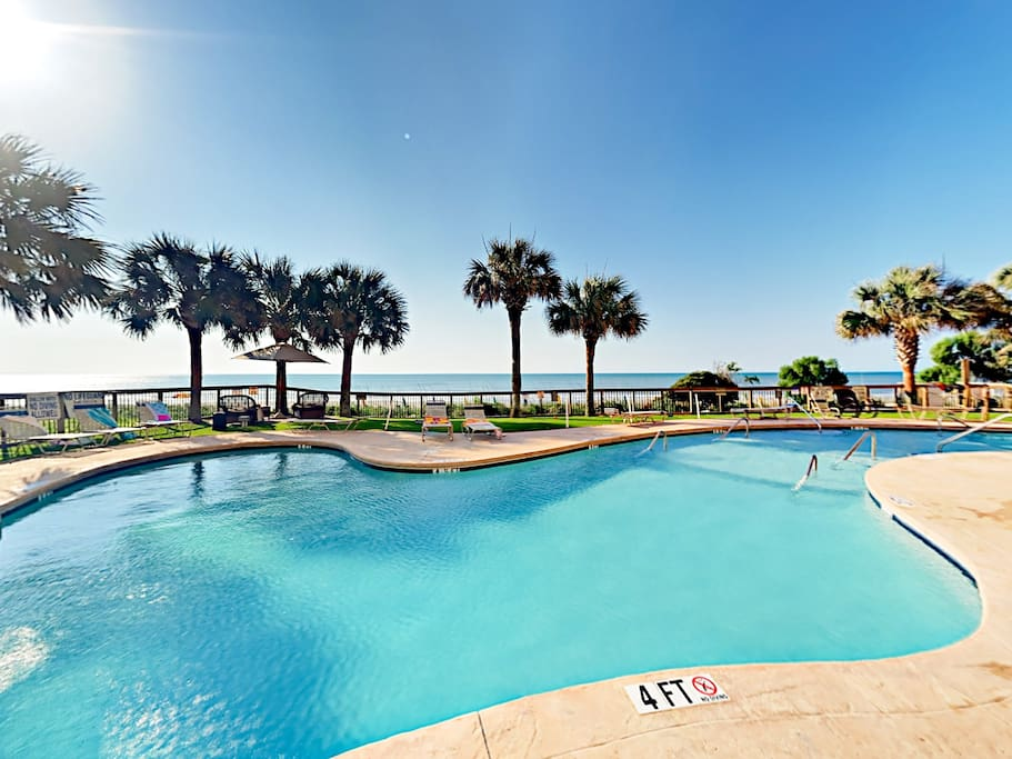 Enjoy access to luxurious amenities including 2 outdoor pools.