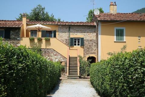 Il Tabarro : Indipendent Tuscan Panoramic Apt.