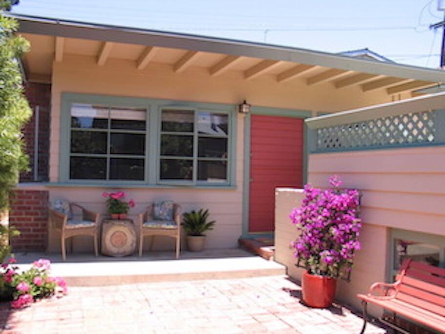 Charming Original California Redwood Beach House