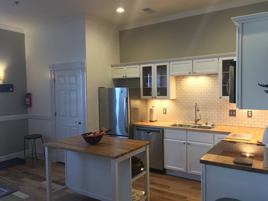Cozy downtown winona mn oasis one bedroom loft serviced apartments for rent in winona for 1 bedroom apartments winona mn