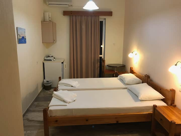 Neapolis Rooms