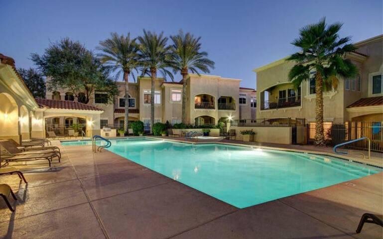 2 Bed / 2 Bath Spacious Condo on TPC Scottsdale
