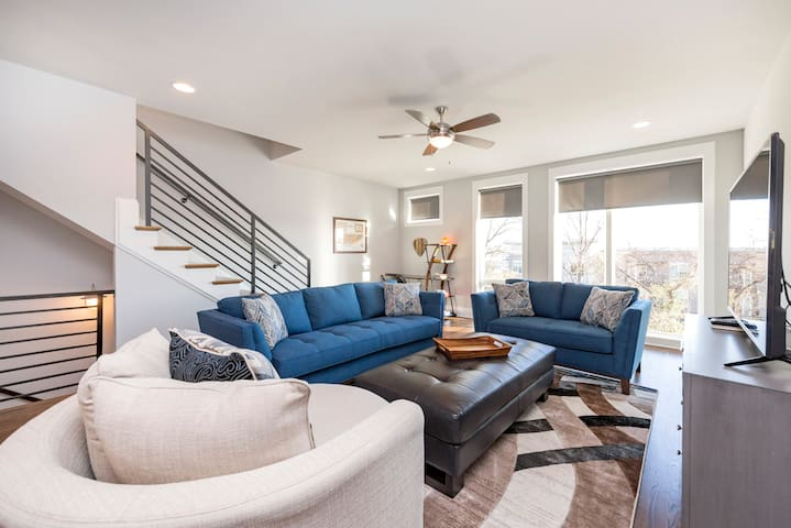 Melrose Townhome(s) Unit 2