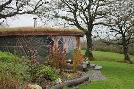 Roundhouse @ Fron Farm Yurt Retreat - Llanboidy - Yurt