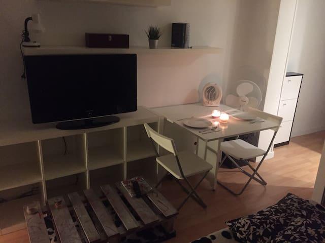 Acogedor apartamento/centro wiffi - Madrid - Pis