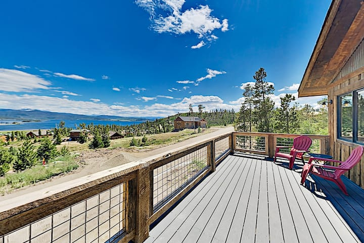 Stylish New Lake-View Home w/ Fireplace & Firepit