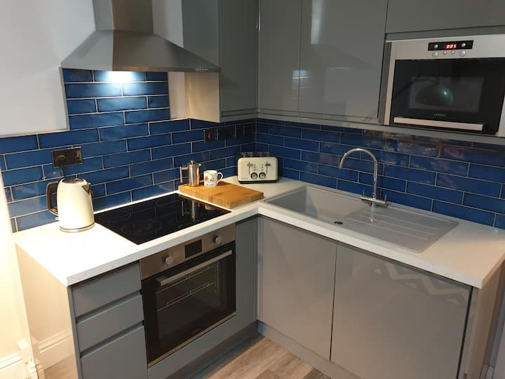 Trendy Central City Pad - Stokes Croft and Cabot
