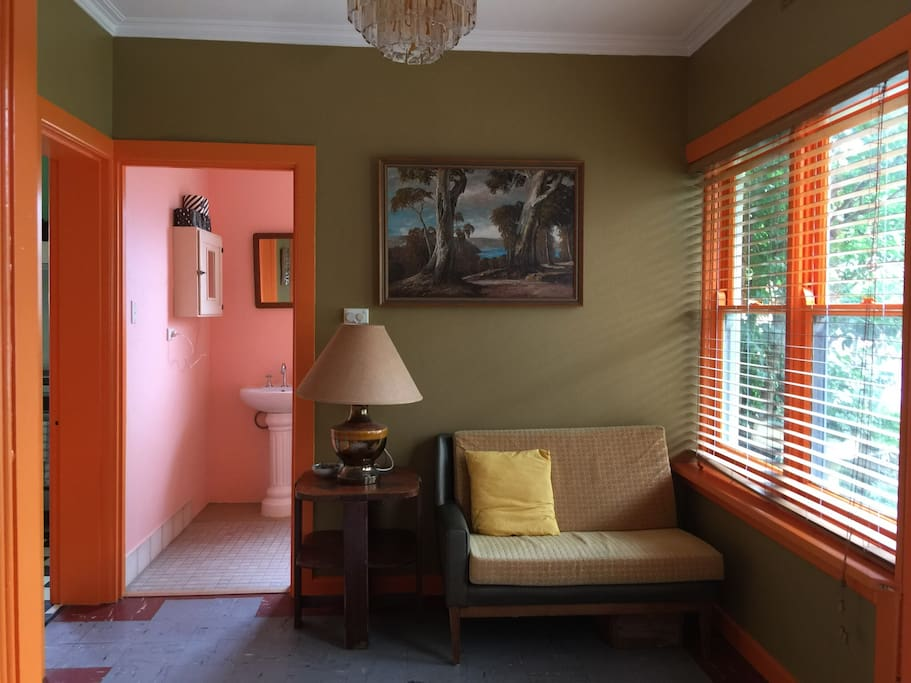 Entrance, sitting room, place to think about your day walking around Ballarat. If you've got a bike feel free to park it here. A convenient extra space for a longer stay.