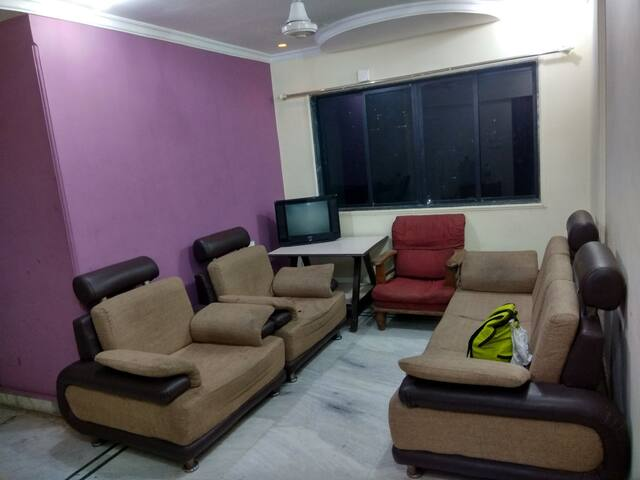 3bhk apt with 3 bathrooms & no restrictions