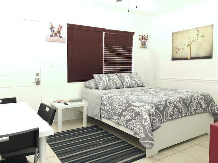 Suite81 STUDIO. MIDTOWN, DESIGN DISTRICT, WYNWOOD.