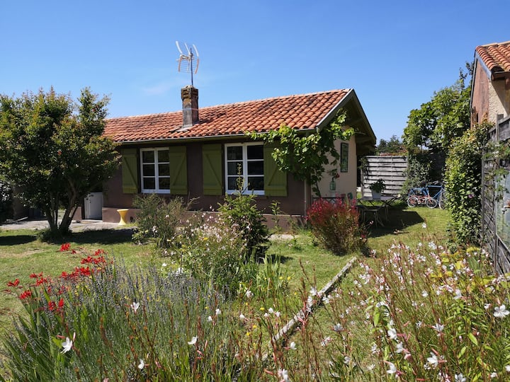 La Petite maison du jardin