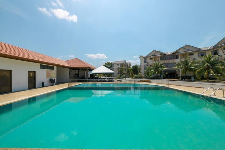 On Sale! Family Suite@ Seri Bayu Resort- Sepang