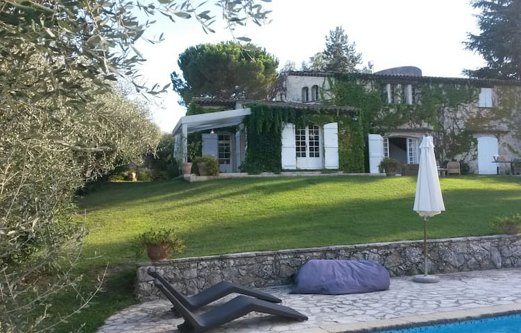 Cool Villa in the hills above Nice - Saint-Jeannet - Villa