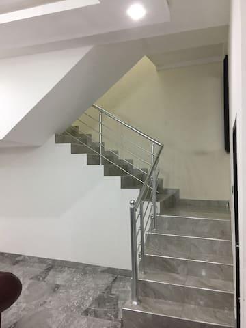 R87 Apartments - Lekki - Appartement