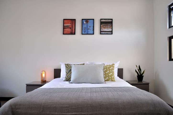 ✸DISCOUNT✸ Spacious Apartment-Great Views / 2 PPL