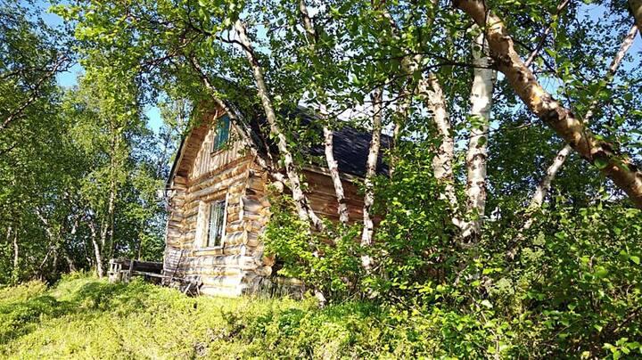 Cozy cottage beside Tenoriver in Lapland Utsjok