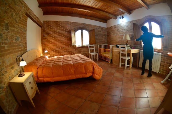 Camera quadrupla con bagno privato-Le terre di zoè - Provincia di Vibo Valentia - Bed & Breakfast