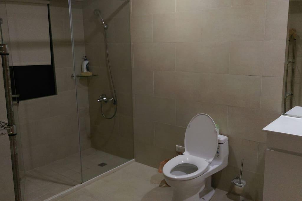 乾淨的衛浴