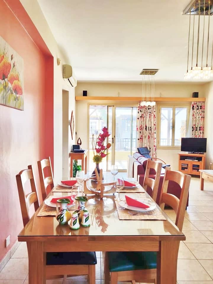 Aphrodite Gardens apartment in the heart of Paphos