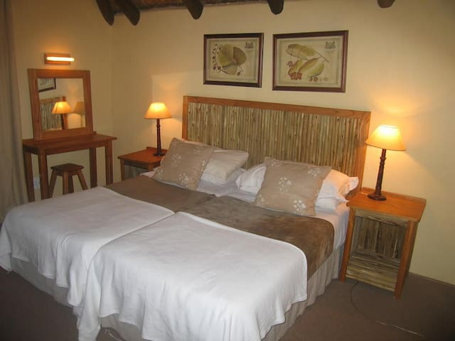 Twin beds ideal for sharing
