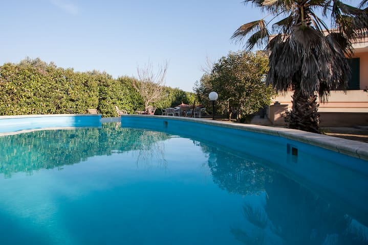 Villa with pool for 8 guests - Tricase - Villa